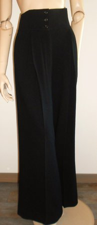Yves Saint Laurent : pantalon\\n\\n27/01/2016 10:38