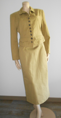 Camel cotton SKIRTSUIT, 40, PER SPOOK